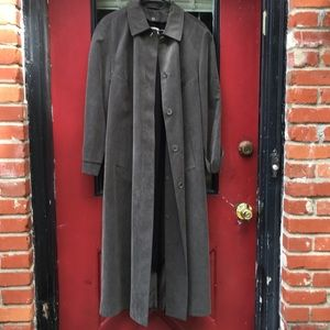 Trench coat, vintage Anne Klein